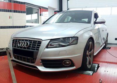 Audi S4 3.0